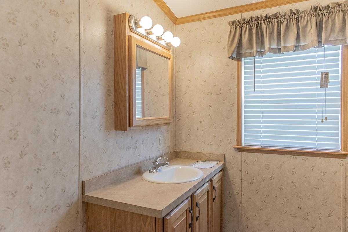 2 Bedrooms Bedrooms, ,1 BathroomBathrooms,Home,For Sale,1000